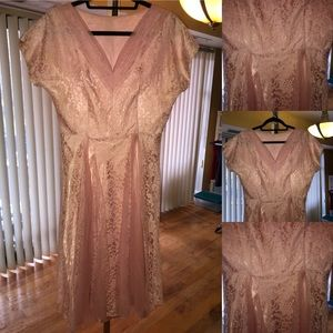 1950's Peachy Lace Cocktail Dress